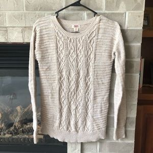 Mossimo oatmeal cream cable knit sweater